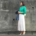 冬の服装♡白に合う色×緑コーデ|ニット・カーディガン・コートなど